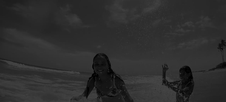 Nívea – Primeira Vez na Praia/Meeting the Sea